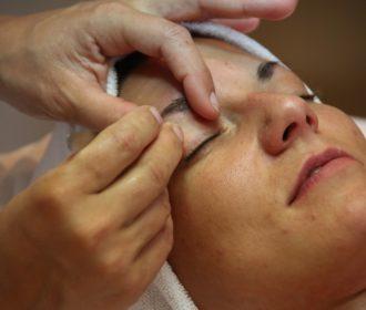 Skuteczny sposób na depilację twarzy