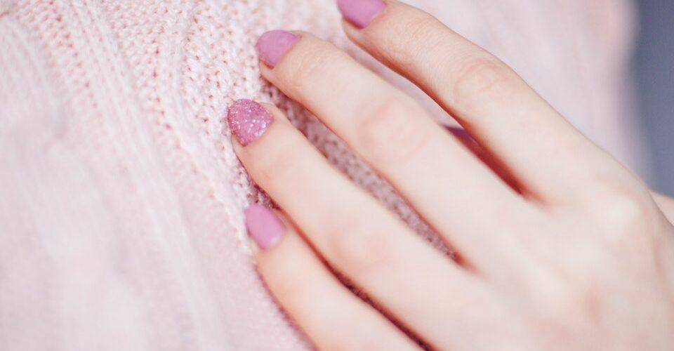 Manicure tradycyjny czy trwały?